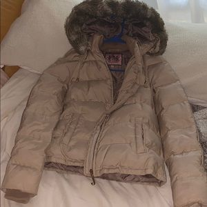 JUICY COUTURE PUFFER COAT!!!